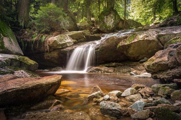camping bord riviere parc aquatique